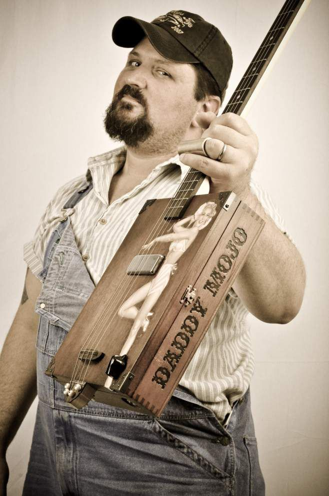 Fest offers the why, where and how of cigar-box guitars _lowres