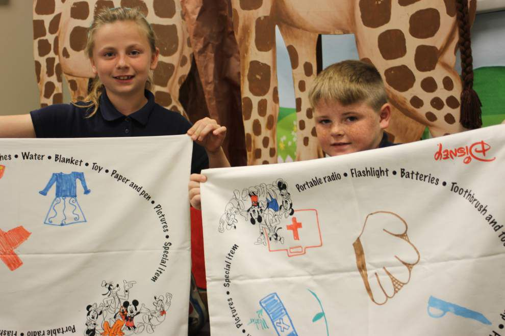 Students decorate pillowcases for Red Cross _lowres