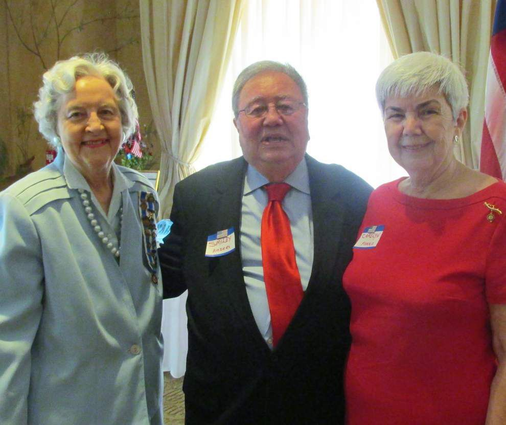 DAR members gather for regional Independence Day luncheon _lowres