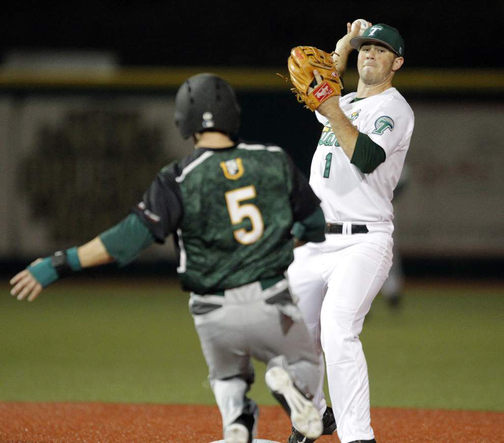 Green Wave squeezes out victory in home opener _lowres