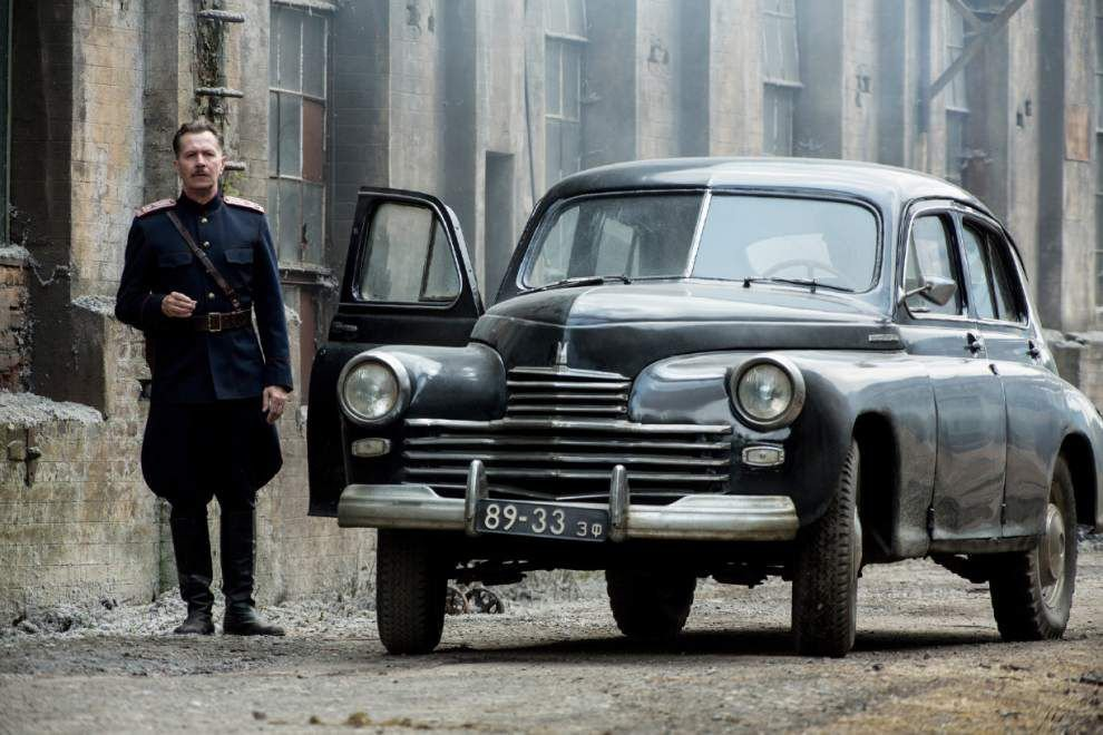 Review: Tom Hardy excels, but 'Child 44' feels like 40 movies _lowres