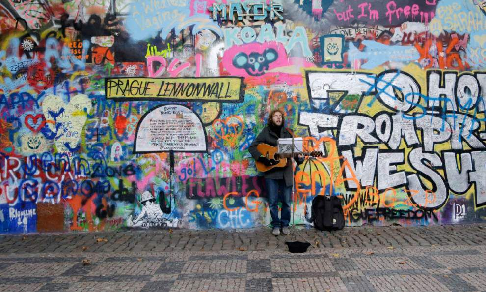 Prague wall dedicated to John Lennon painted over _lowres