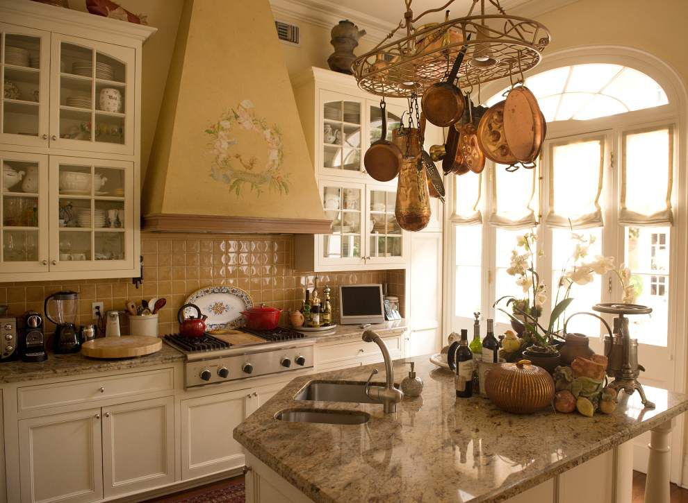 New Orleans chef Gunter Preuss, wife Evelyn open home kitchen for tour _lowres (copy)