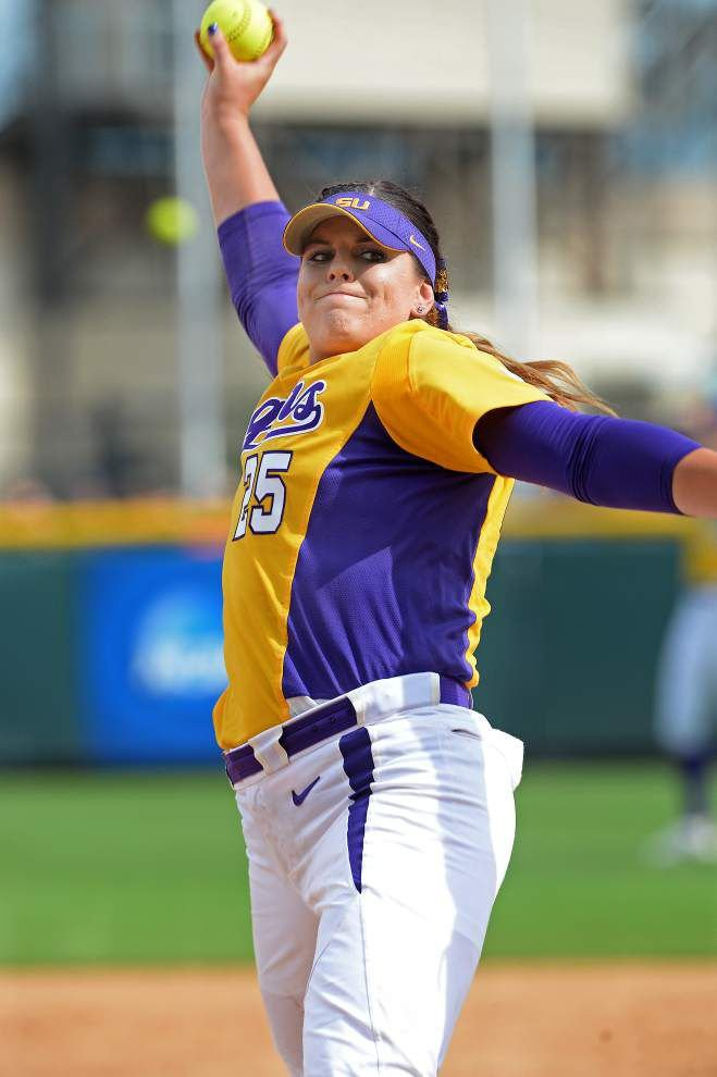 Notebook: SEC softball reunion set for Women's College World Series _lowres