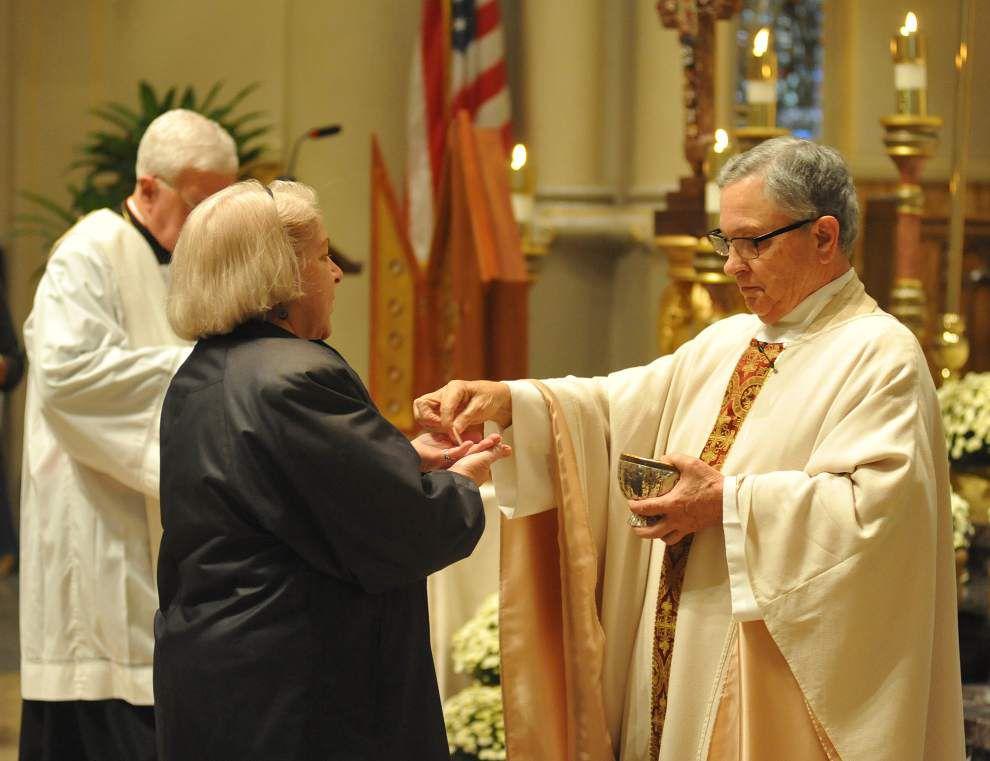 Photos: All Saints Day ceremony _lowres