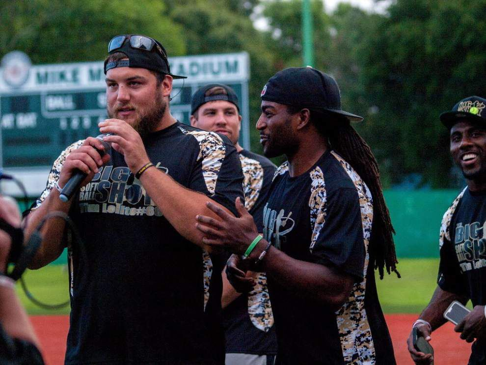 Saints, guard Tim Lelito play it for laughs at charity softball game _lowres