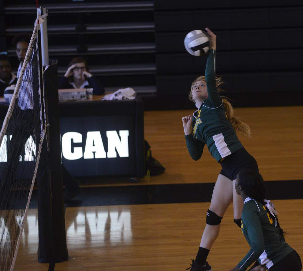 Cabrini staves off Dominican rally _lowres