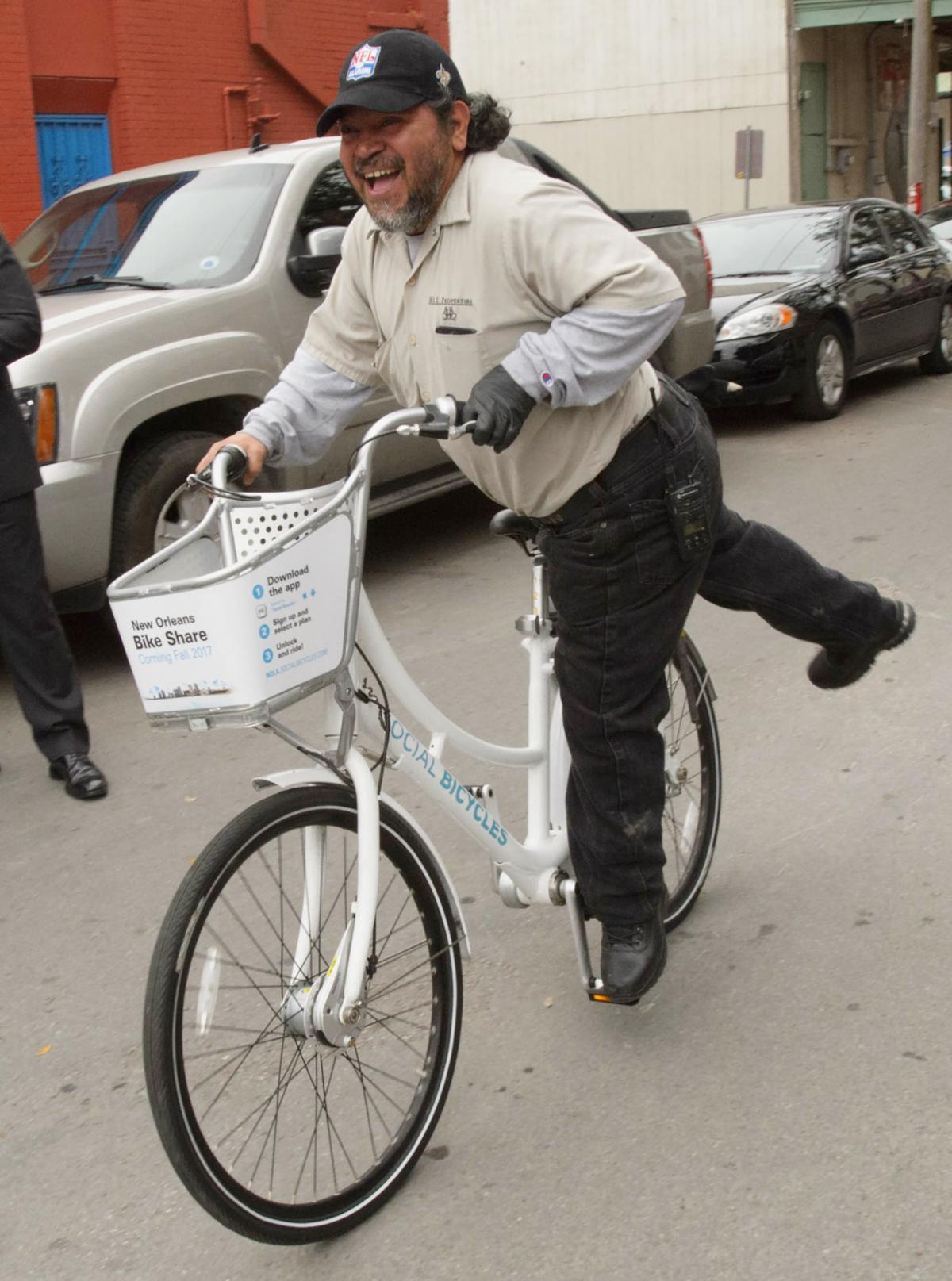NO.bikeshare.021517_002.JPG