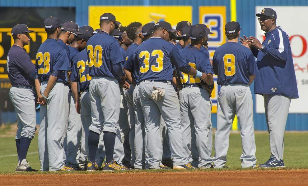 Each team's struggles heading in opposite directions, LSU and Southern face off Tuesday in Alex Box Stadium _lowres