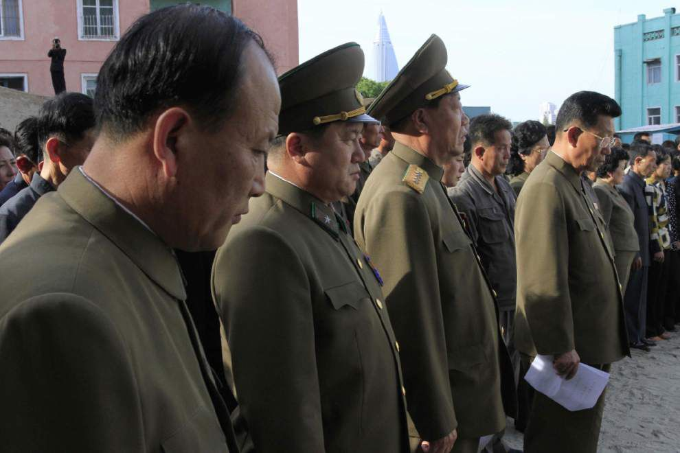 Pyongyang building collapse leaves many casualties _lowres