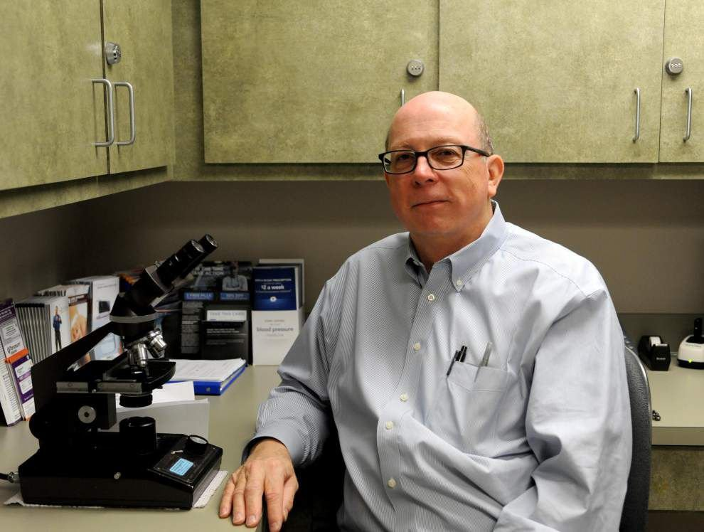 Amacker retires after 35 years in medicine _lowres