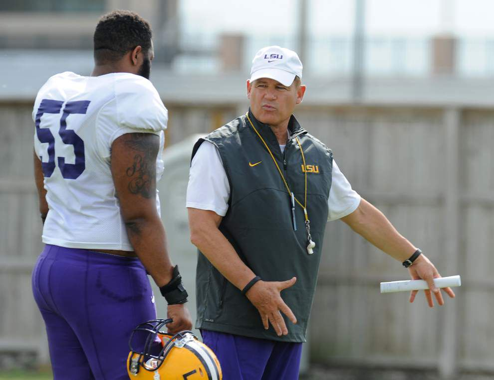 LSU's Miles drives through 'Car Wash' _lowres