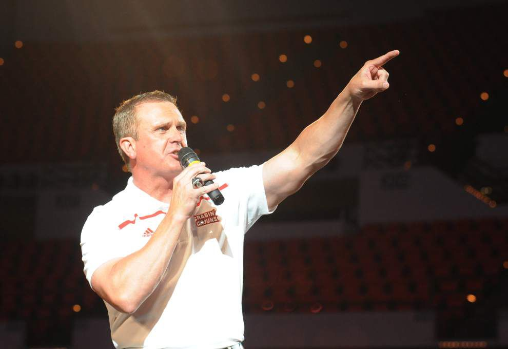 Photos: Fans celebrate the upcoming college football season with a trip to the Cajundome for Cajuns Fan Day _lowres