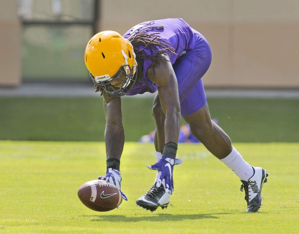 Photos: Cam Cameron instructs quarterbacks; Leonard Fournette carries the ball on Day 2 of LSU practice _lowres
