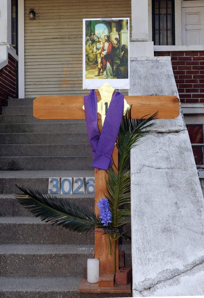 Passion play reenacted in Bywater community _lowres