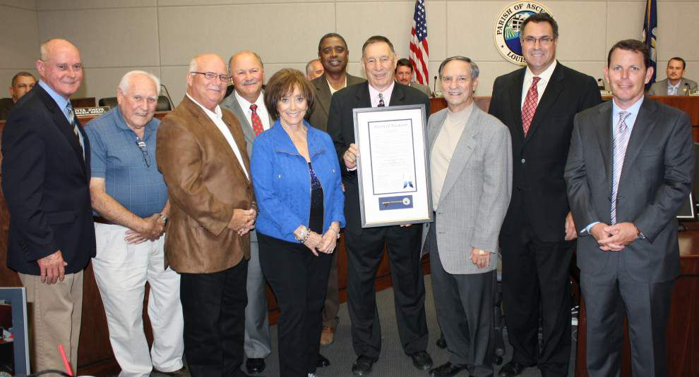 Longtime clerk of court recognized _lowres