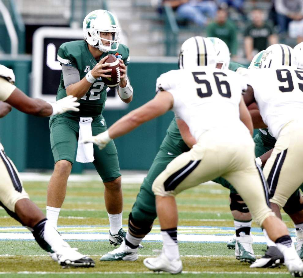 Tulane flips the script, manhandles Central Florida 45-31 in AAC opener _lowres