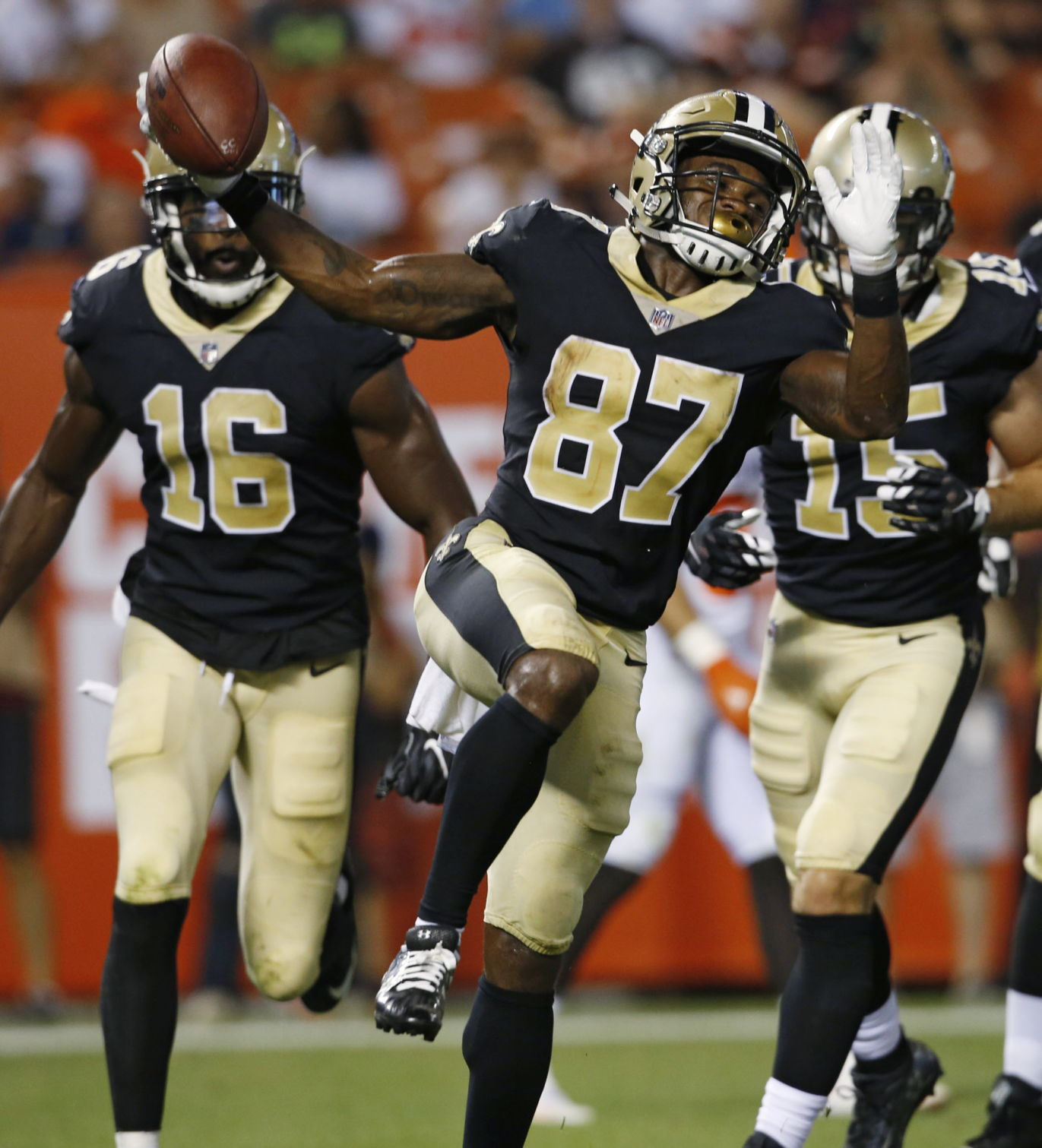 Cleveland Browns 7, New Orleans Saints 6