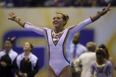 In front of a record crowd, LSU gymnastics dominates Alabama behind another 10 from Ashleigh Gnat _lowres
