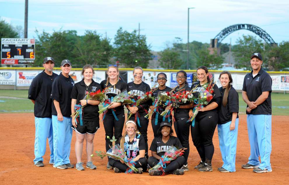 Eight Lady Broncos honored _lowres