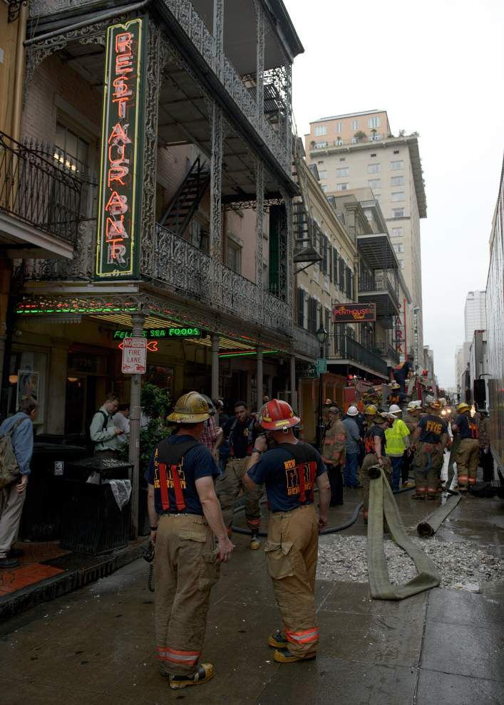 Kitchen fire at Felix's Restaurant in French Quarter brought under control _lowres