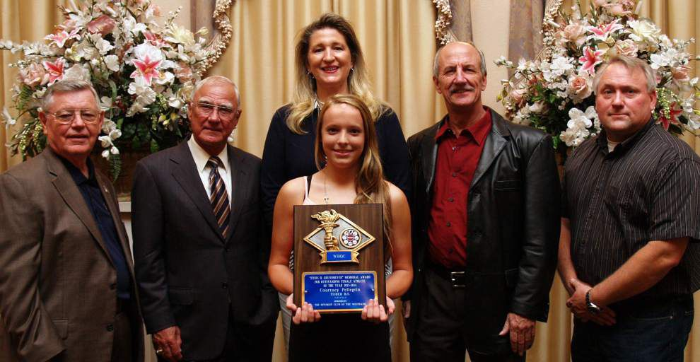 West Bank Quarterback Club holds Awards Banquet _lowres