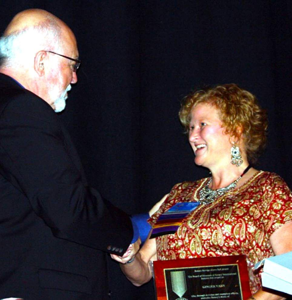 Baker Rotarian receives Service Above Self Award _lowres