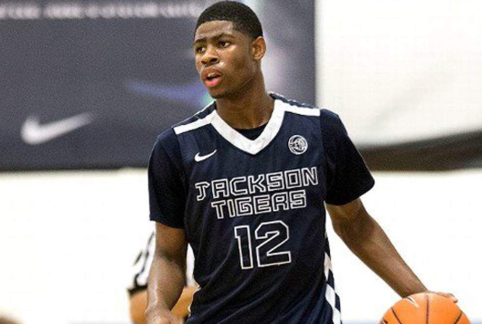 Report: LSU makes the list of the top-six schools to land five-star guard Malik Newman _lowres