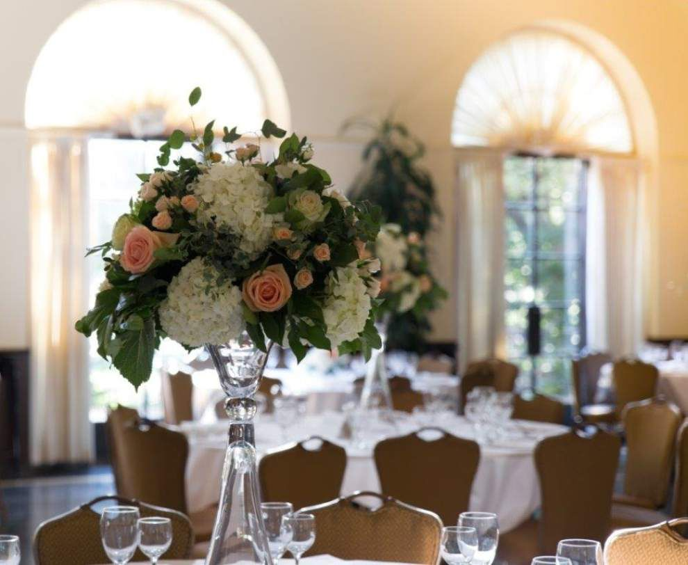 Keeping wedding receptions trendy is no walk in the park _lowres