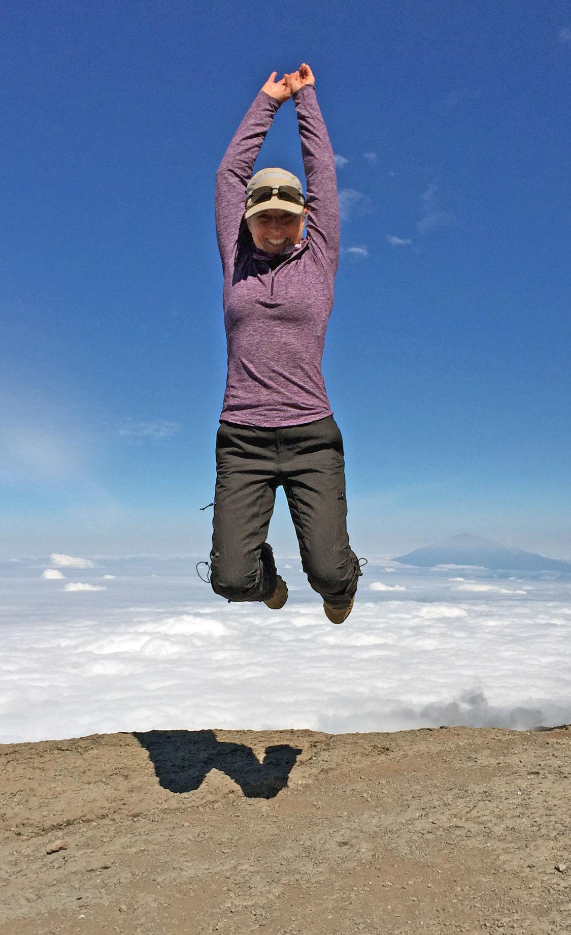 Kilimanjaro_jump
