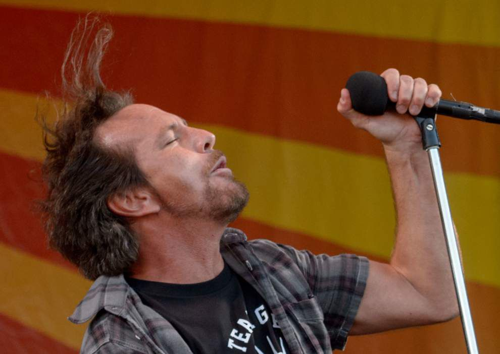 Pearl Jam rocked in the 'Free World' and beyond at the 2016 New Orleans Jazz Fest _lowres