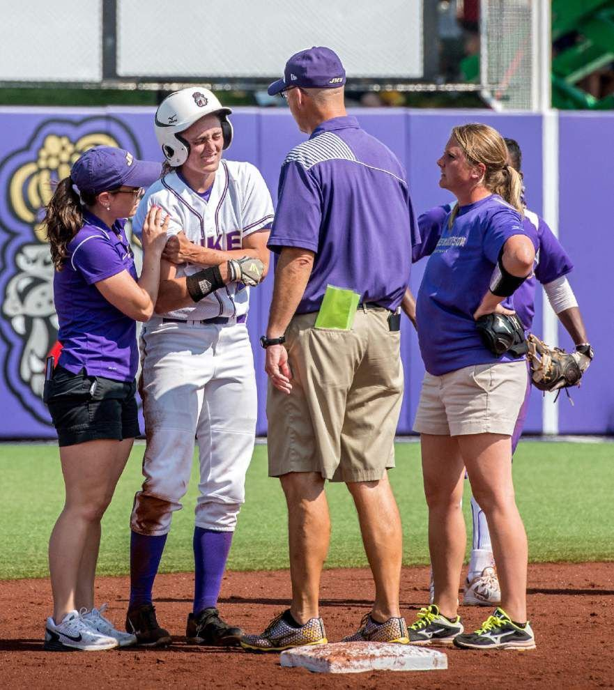 LSU softball notebook: After it bounced back so many times, coach Beth Torina remains confident in her team _lowres