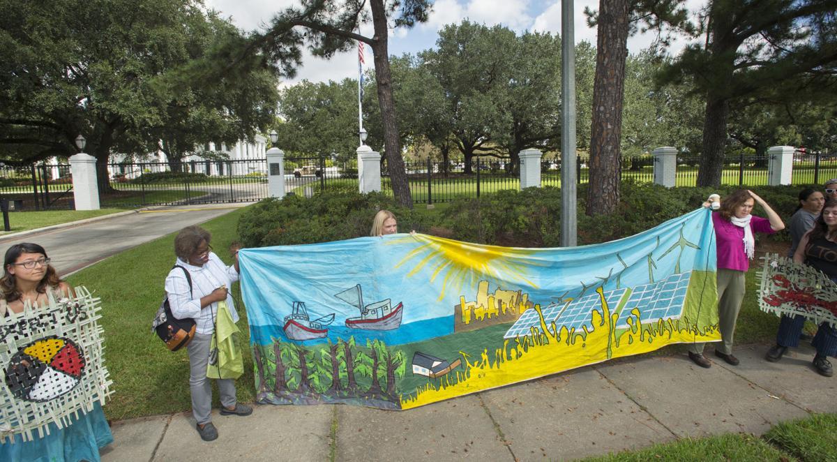 BR.bayoubridgeprotest15.092217.jpg