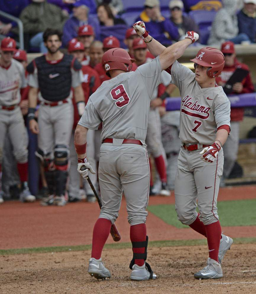 Alabama completes rare doubleheader sweep of LSU in Alex Box Stadium _lowres