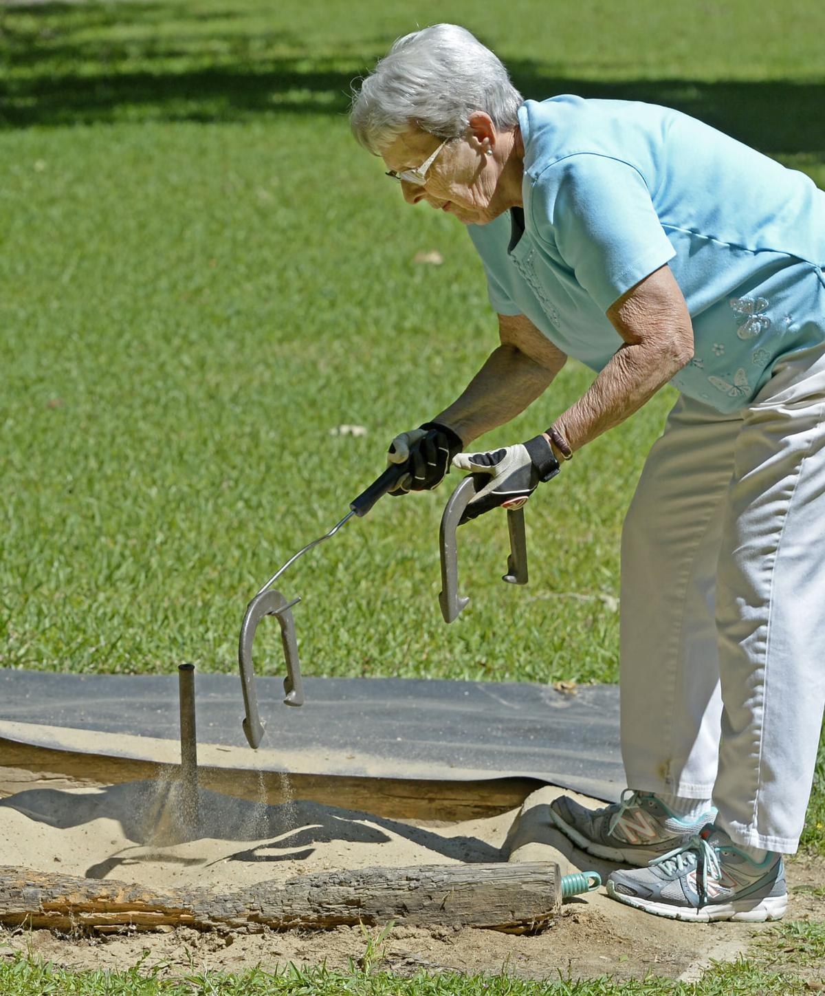 still throwing ringers 85 year old competes nationally in
