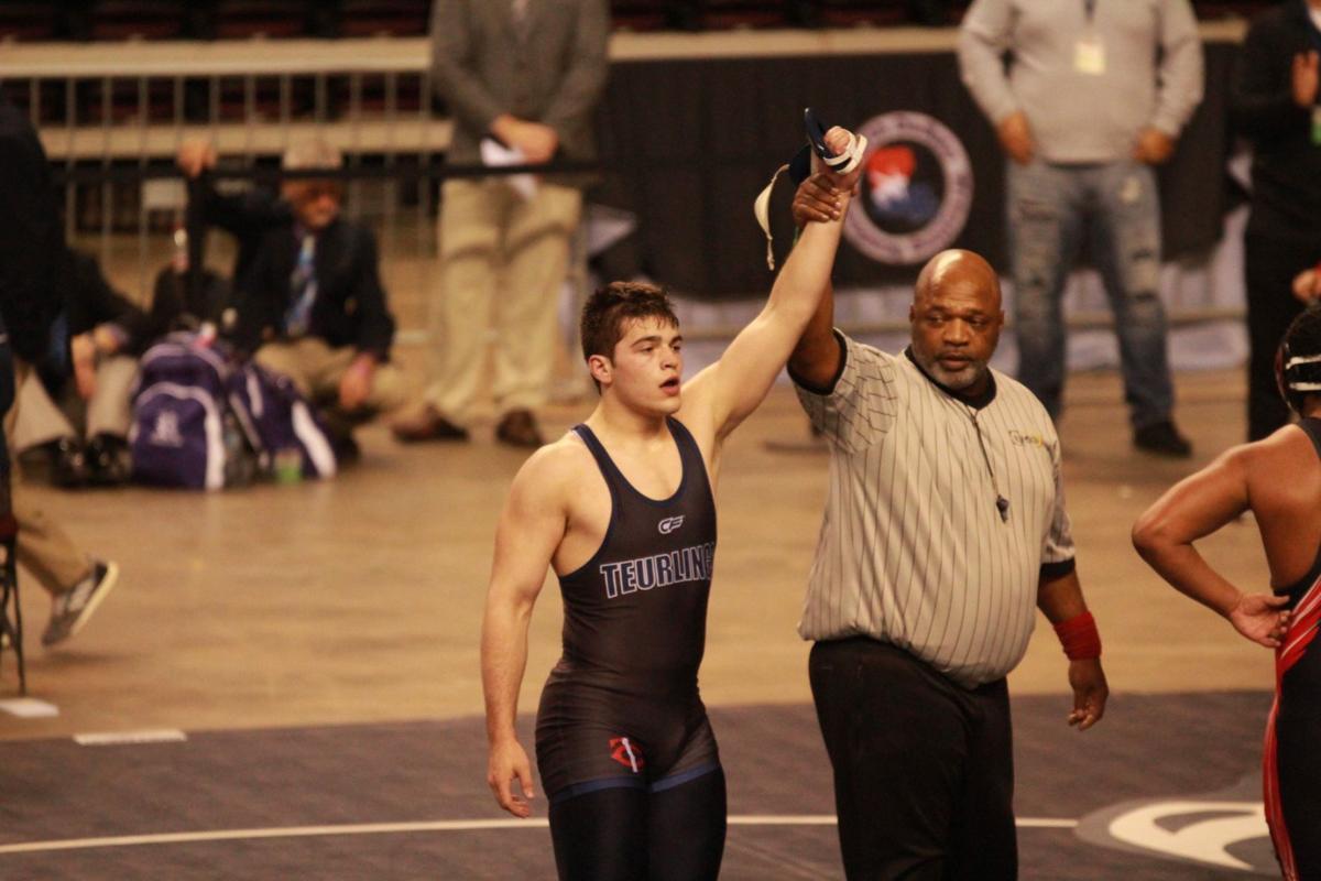 Bernard wins 195-pound state title
