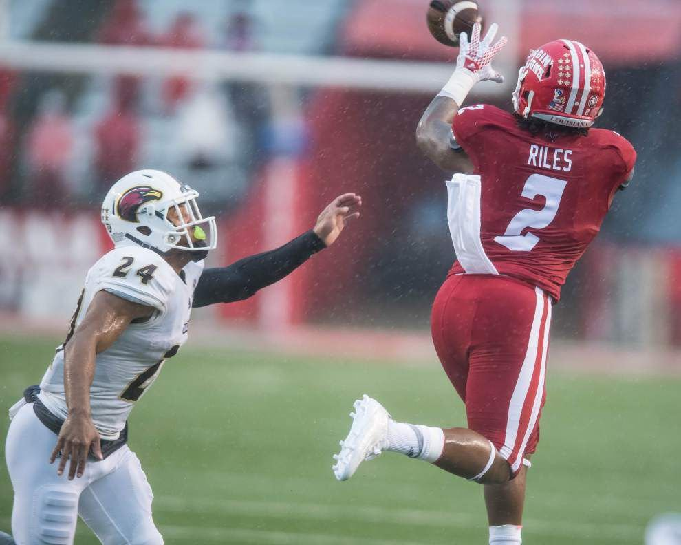 Ragin' Cajuns receiver Al Riles, linebacker Otha Peters give bold halftime speeches, leading to a 30-24 comeback win over ULM _lowres