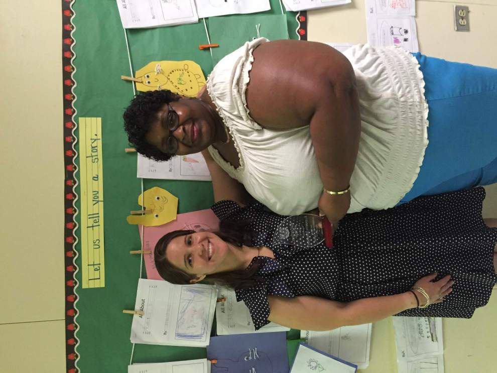 Jackson Elementary School recognizes Tina Johnson as its Volunteer of the Year _lowres