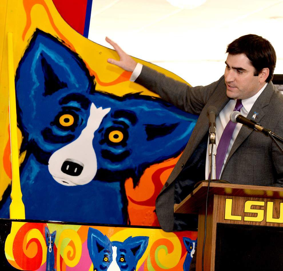 New pianos for LSU a legacy of Rodrigue's Blue Dog _lowres