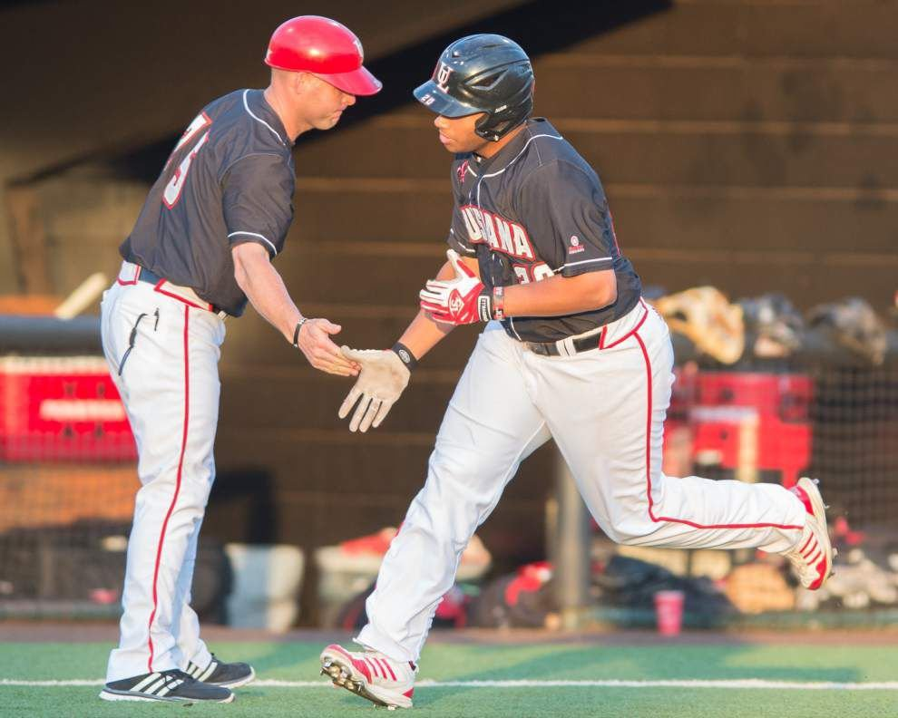 Cajuns' rally in ninth upends Houston _lowres