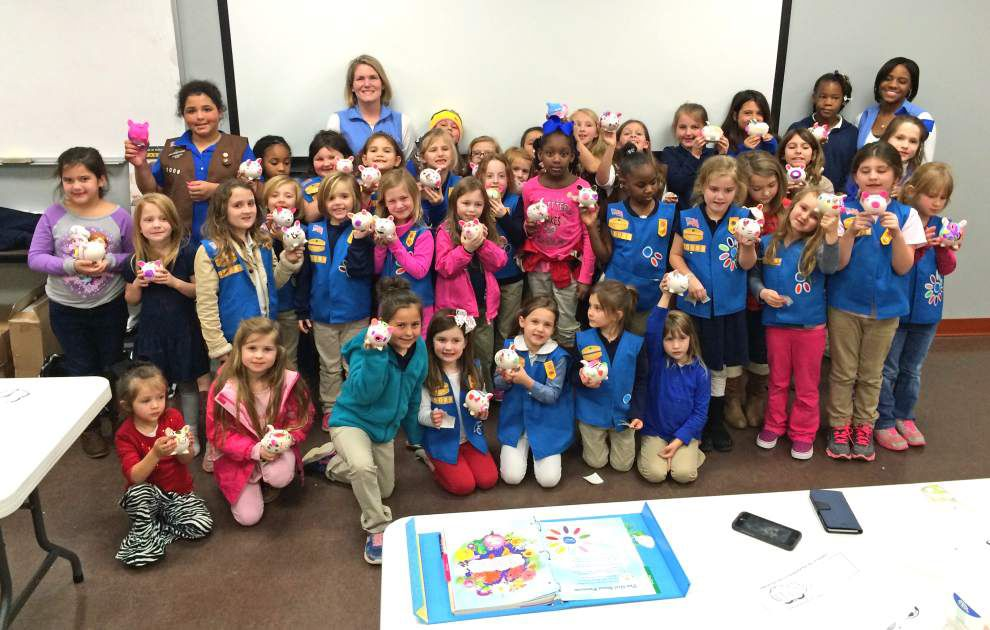 Girl Scouts launch annual cookie sale _lowres