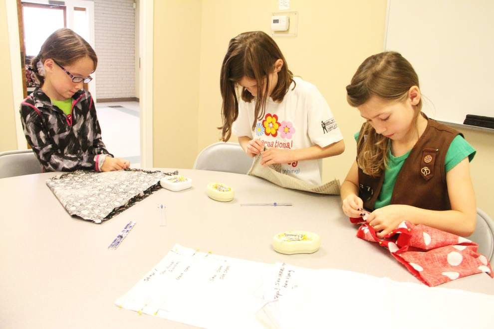 Day camp teaches Girl Scouts ins and outs of sewing _lowres