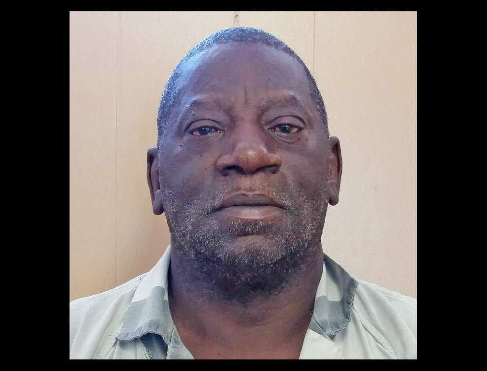 Assumption sheriff: deputies find $3,000 worth of crack cocaine and a firearm in the home of 65-year-old felon _lowres