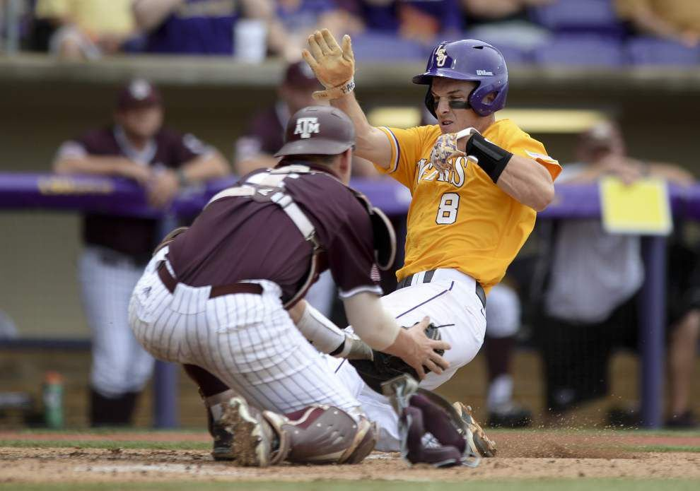 Texas A&M finds ways to take down LSU 6-2 _lowres