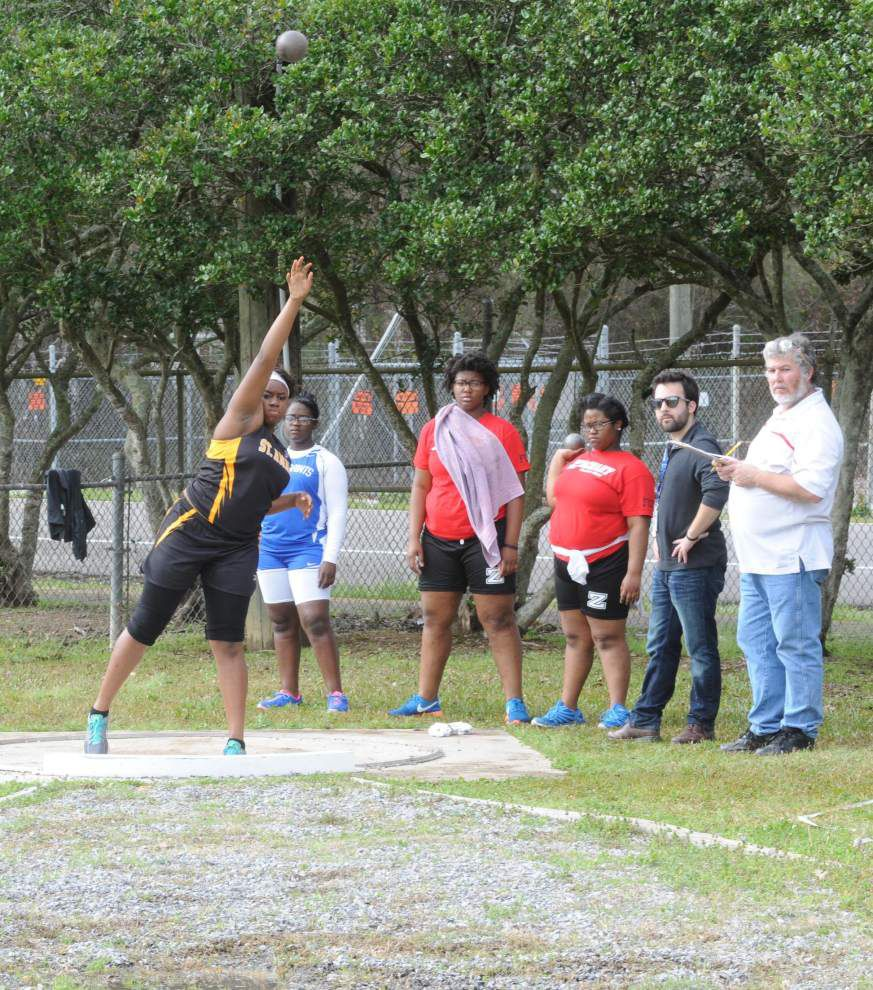 St. Amant takes second place at Bronco Relays _lowres