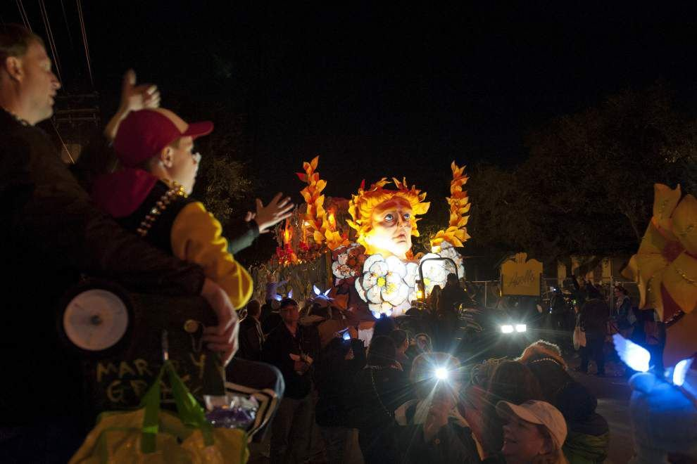 Photos: Krewe of Hermes delights New Orleans crowd _lowres