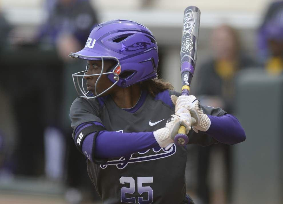 LSU closes softball regular season vs. Mississippi State _lowres