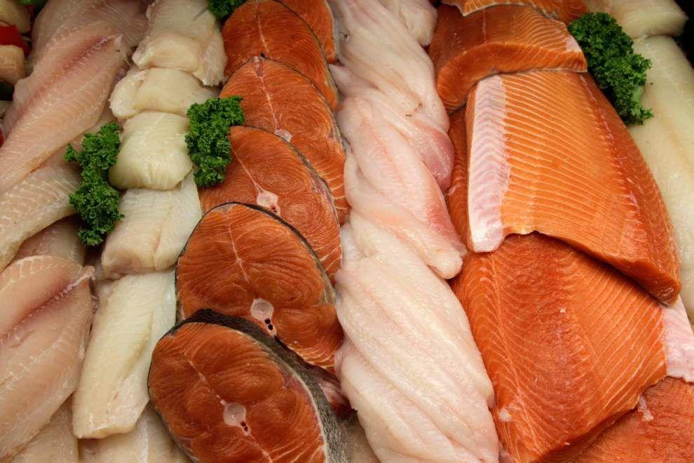 FDA: Pregnant women should eat low-mercury seafood _lowres