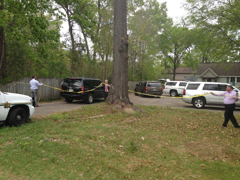 Deputies investigate apparent murder, attempted suicide in East Baton Rouge Parish _lowres