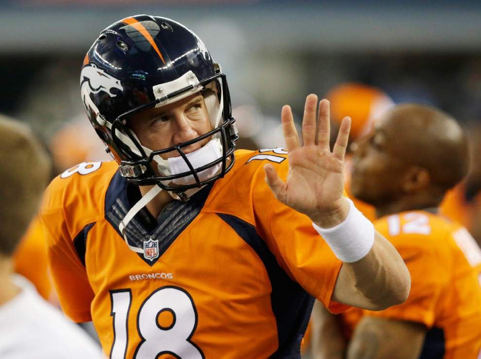 Peyton Manning fined after taunting Texans safety _lowres